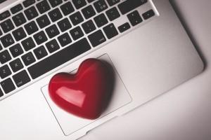 על ההבדל בין תשוקה לאהבה